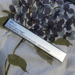 It cosmetics eyelift in a tube - light/medium